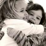 ¿Qué sucede en tu cuerpo cuando te abrazan?