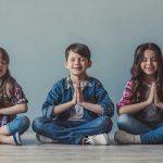 Los maravillosos beneficios de cantar mantras en los niños. Cómo cantarlos