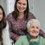 La increíble historia de Ana: la abuela de 107 años que ya superó 2 Pandemias y muestra su sonrisa al mundo