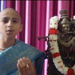 Niño astrólogo hindú que predijo el coronavirus ahora predice su final