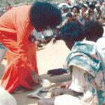 Enseñanzas de Sai Baba: «El amor por Dios debe manifestarse como amor por el ser humano, y el amor se debe expresar como servicio»
