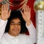Enseñanzas de Sai Baba: «La gracia de Dios que obtengan depende del recipiente de su corazón»