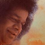Enseñanzas de Sai Baba: «La vida proveniente del alimento es corta; la vida proveniente del Alma es eterna»