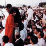 Enseñanzas de Sai Baba: «Uno tiene que entregarse totalmente para poder experimentar a Dios»