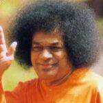Enseñanzas de Sai Baba: «Compartan y el sentido de unidad se establecerá; pierdan el temor y desechen toda envidia y crecerán en amor»